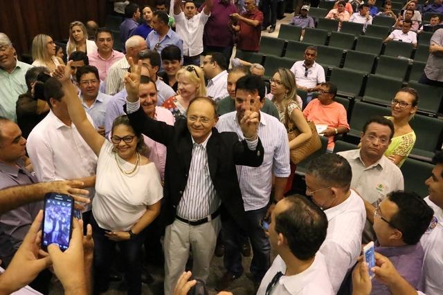 Benes-Leocádio-é-eleito-novo-Presidente-da-femurn1-Foto-Demis-Roussos-1010.jpg
