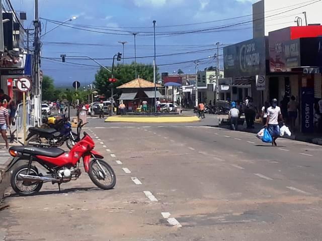 FOTOS:Centro da cidade de João Câmara em mais um dia de isolamento social.  - Blog do Montoril