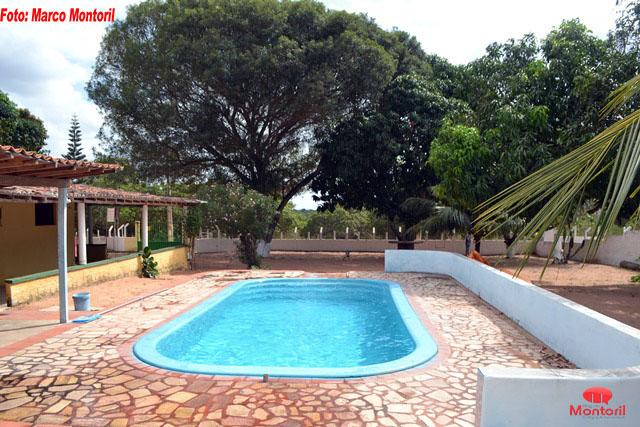 piscina-foto-02-a-a.jpg